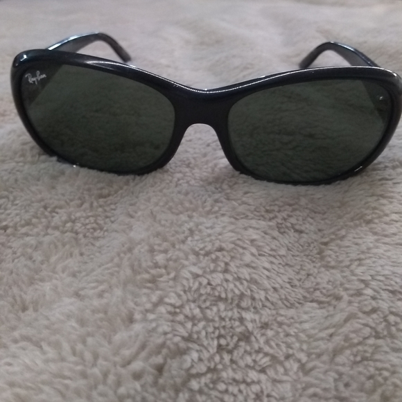 COPY - Ray bans 2 pairs women's oval style black/…
